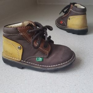 KICKERS Toddler size 24 Leather multicolor
